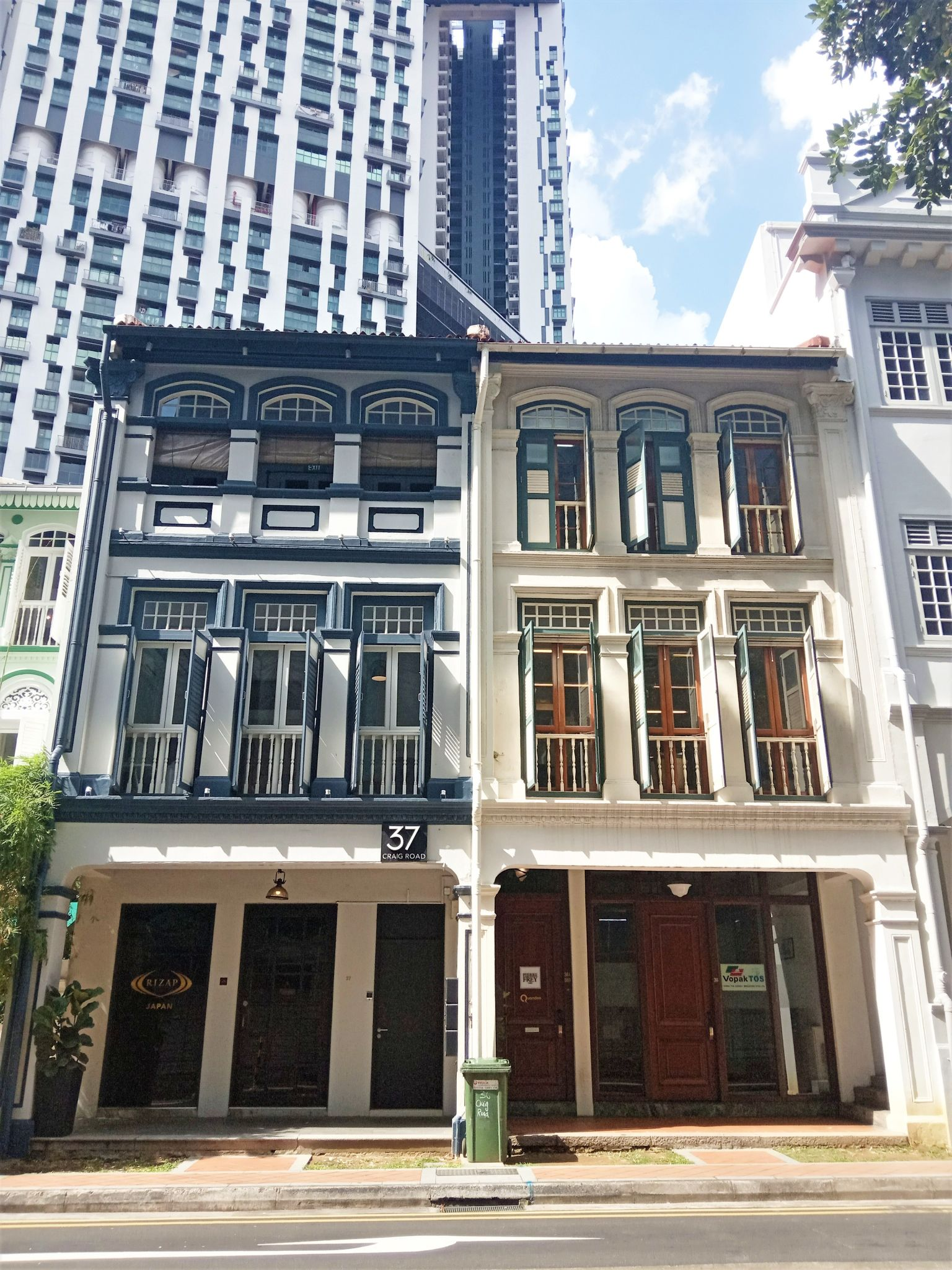 8M Real Estate - Real Estate Investment Company